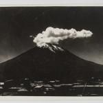 Guillermo Montesino, Vista del vulcano El Misti, Arequipa, 1920 ca.
