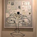 Veduta della mostra Sfogliare Stanze (Parma, 2014), particolare con opere di Bruno Munari (Volto degli antenati) / View of the exhibition Browsing Rooms (Parma, 2014), particularly with works by Bruno Munari (Face of the Ancestors)